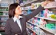 woman shopping for heartburn relief