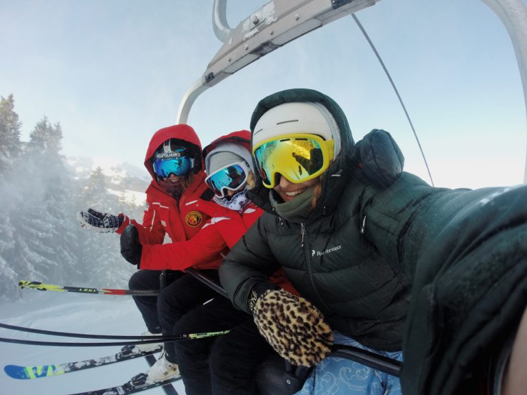 ski resorts snowy areas near Barcelona
