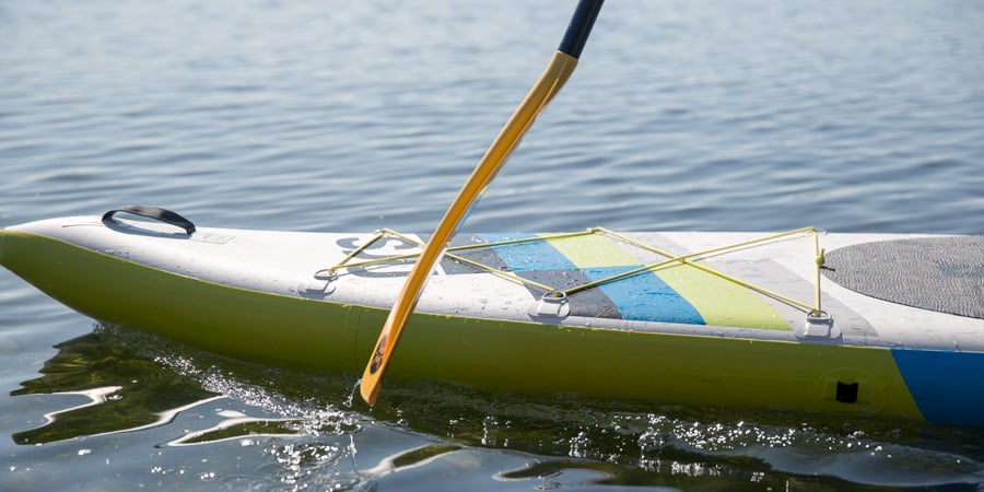 the correct way to hold and use a sup paddle